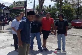 Pelaku pembunuhan serahkan diri ke polisi