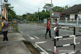 Polisi perketat pengamanan kantor KPU dan Bawaslu Belitung