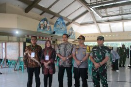 Plh Wali Kota Kediri sebut masyarakat antusias gunakan hak pilih