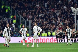 Saham Juventus jatuh akibat efek Ajax