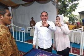 Gubernur Sumut mengaku kesulitan mencoblos karena surat suara besar