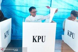 Wali Kota Balikpapan sempat kesulitan dengan surat suara