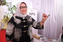 Bupati Bogor minta warganya legowo