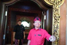 Jokowi telepon Koster apresiasi tingginya dukungan masyarakat Bali