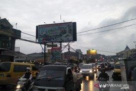 Pelaku ekonomi minta presiden terpilih bangun jalur Puncak II