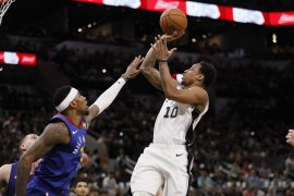 Nuggets -Spurs 2-2 di playoff NBA