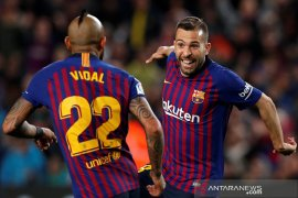 Akirnya Barcelona bisa mengatasi Sociedad 2-1