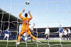 Tragis, Everton lumat United empat gol tanpa balas