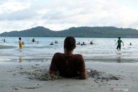 Tiket pesawat mahal mempengaruhi kunjungan wisatawan ke Maluku