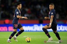 Pesta juara PSG usai Mbappe cetak trigol ke gawang Monaco