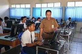 4.192 siswa SMP sederajat di HST ikuti UNBK