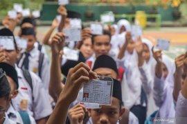 Sebanyak 88.347 pelajar SMP di Kalbar ikuti UN