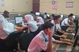 1.688 siswa di Kabupaten HSS ikuti UNBK SMP