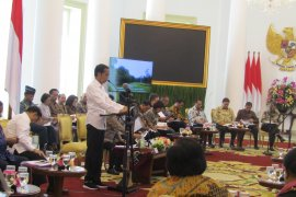 Presiden Jokowi pimpin sidang kabinet paripurna di Istana Bogor