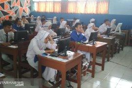 Hanya tiga SMP di Kota Sukabumi mampu laksanakan UNBK mandiri