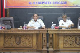 Bupati Sanggau ingatkan transparansi penggunaan dana hibah