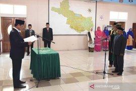 Wabup lantik Jayusman sebagai Kadis Kesehatan Aceh Tengah