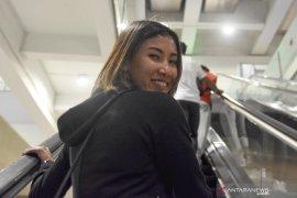 Emilia Nova jalani MRI tumit di Singapura
