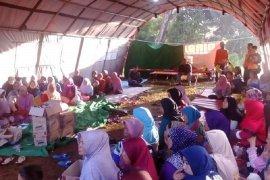 Ratusan warga Gunungbatu mengungsi karena pergeseran tanah