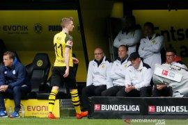 Dortmund dikalahkan Schalke 2-4