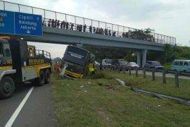 Kecelakaan bus di Tol Palikanci, seorang tewas lima luka-luka