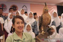 TSI Bogor kembangbiakkan burung 'Garuda'