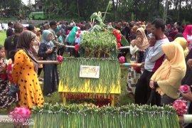 Sedekah Bumi bangkitkan kebudayaan Sunda di Sukabumi