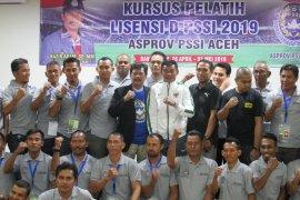 29 pelatih ikut kursus lisensi D PSSI
