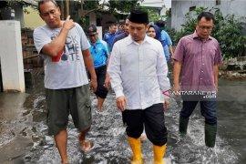 Wilayah Timur Tangerang berbatasan Jaksel siaga II banjir