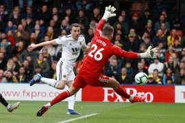 Wolves tuntaskan  dendam tekuk Watford 2-1