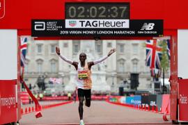 Pelari Kenya Kipchoge juara London Marathon