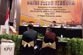 Rapat pleno terbuka rekap suara di Jember terungkap perbedaan DPT