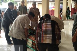 Pemkot Sukabumi tanggung biaya pendidikan anak petugas Pemilu meninggal