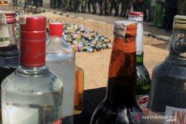 Jelang Ramadhan, Satpol PP Karawang optimalkan razia minuman keras