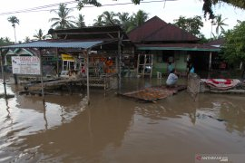 Dua tewas dan tujuh lainnya hilang akibat longsor di Bengkulu Tengah
