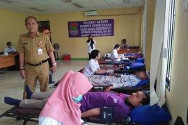 150 buruh Tangerang donor darah jelang Hari Buruh
