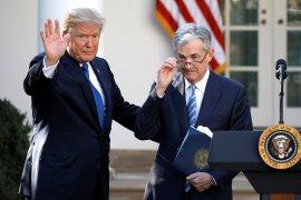 Trump mendesak Fed turunkan suku bunga, adopsi pelonggaran kuantitatif