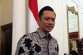 AHY katakan Ibu Ani Yudhoyono saat ini butuh penanganan ekstra