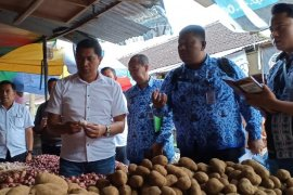 Satgas pangan Blitar pantau harga kebutuhan pokok jelang Ramadhan