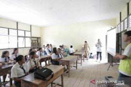 PLN Mengajar di SMPN 5 Satap Ketapang