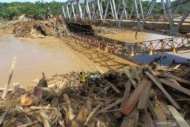 Tim SAR hentikan pencarian empat korban longsor di Bengkulu Tengah