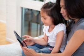 Kegiatan baca dongeng, cara manfaatkan gawai dan jalin kedekatan dengan anak