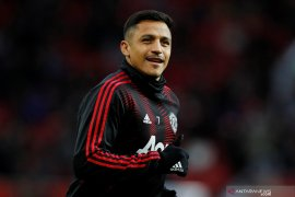 Manchester United rela keluarkan uang Rp485,3 miliar untuk lepas Alexis Sanchez