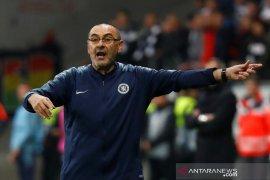 Sebenarnya kami layak menang atas Frankfurt, kata Sarri