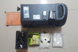 Polda Jatim menggagalkan penyelundupan sabu-sabu 2 kilogram dari Malaysia