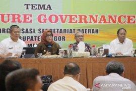 Bupati Bogor: Laporkan jika ada pergerakan naik harga sembako