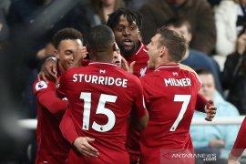 Liverpool ke puncak klasemen. Cardiff terdegradasi di Liga inggris