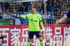 Schalke 04 selamat dari degradasi