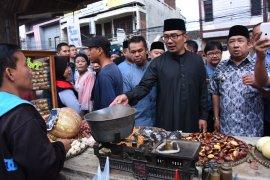 Jelang Ramadhan, Ridwan Kamil sebut harga sembako di Jabar relatif stabil