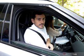 Casillas  berniat pensiun setelah terkena serangan jantung